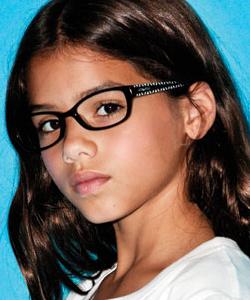 Model wearing Converse eyeglasses