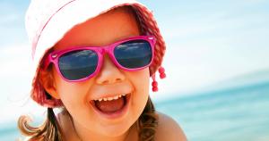 girl sunglasses hat beach 1200×630
