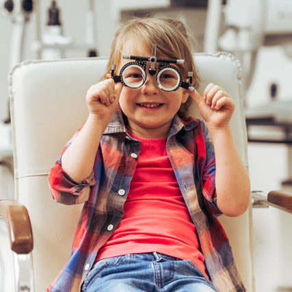 At-The-Ophthalmologist-640-427x427