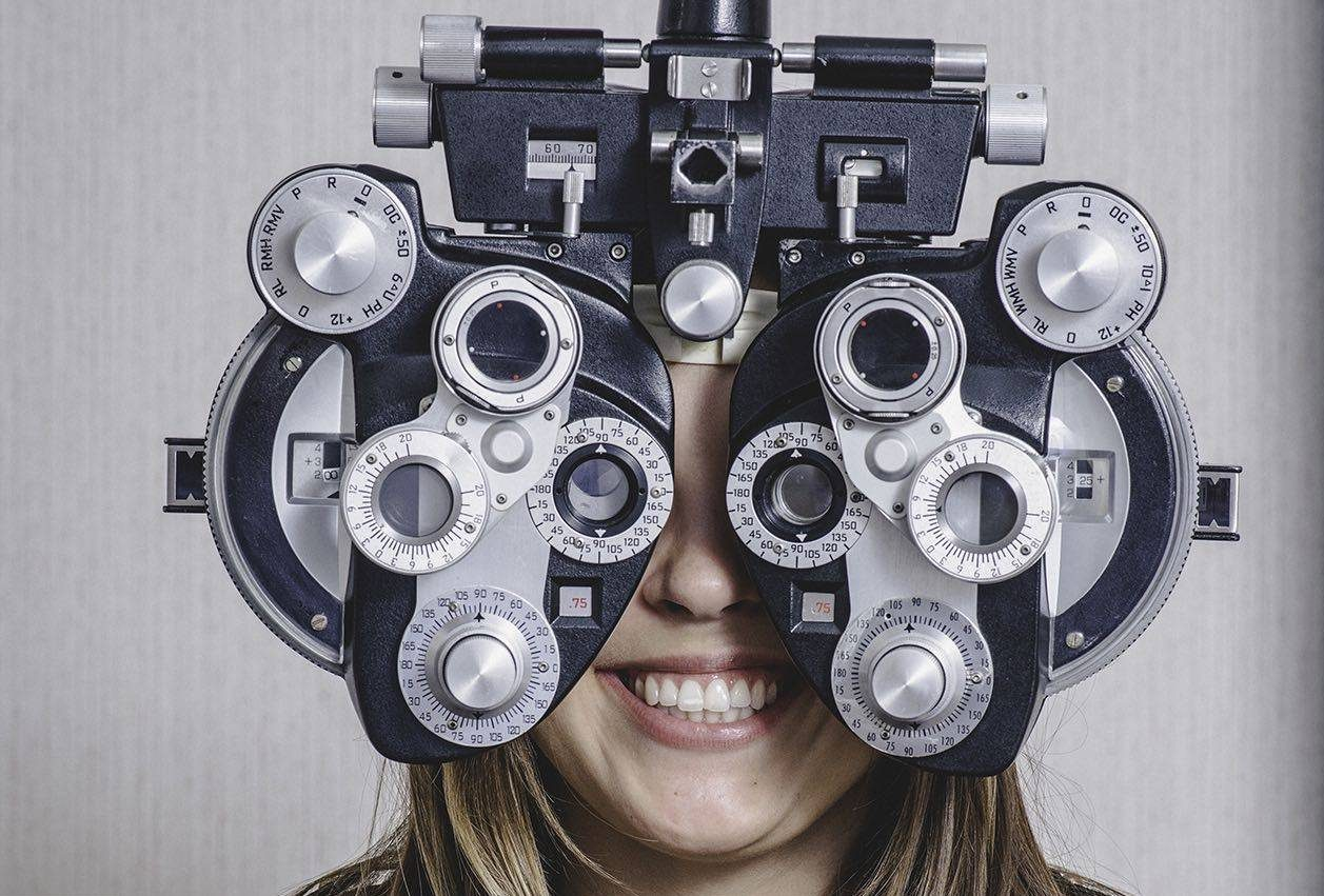 Eye exam, doctor examining patient in Fort Worth, TX