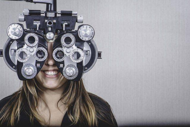 Eye doctor, woman at an eye exam in Roanoke, VA