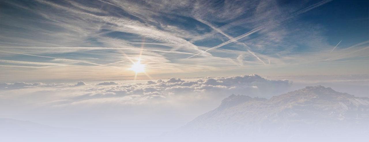 sky-mountain-light