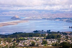 350px Los Osos CA from Broderson Hill