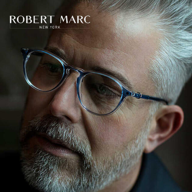 Robert Marc 20 senior man room close glasses 640