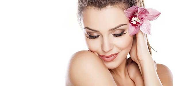 optometrsit, young woman free of wrinkles from botox injection in Fort Worth, Southlake, Texas