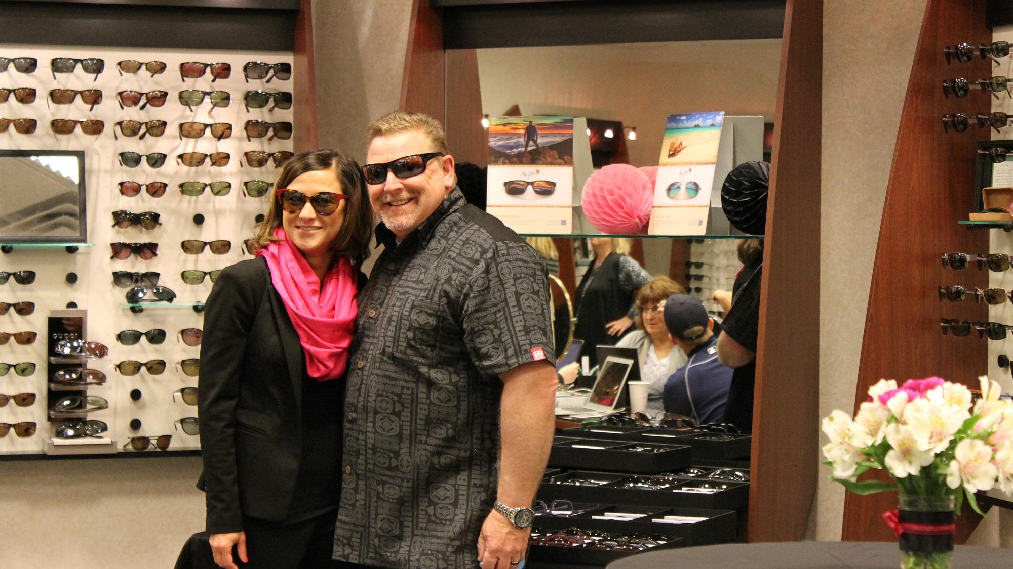 patients-modeling-sunglasses
