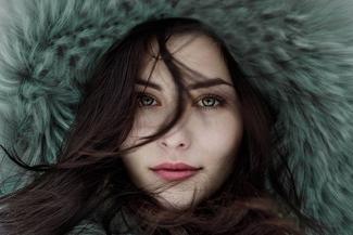 girl wintercoat thumbnail