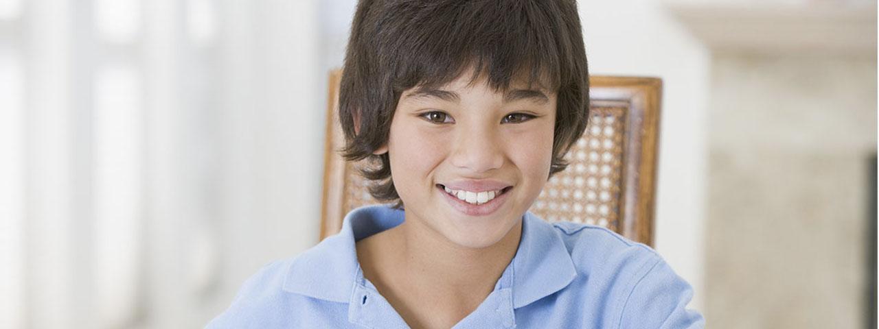 Eye doctor, asian boy smiling in Long Grove, IL