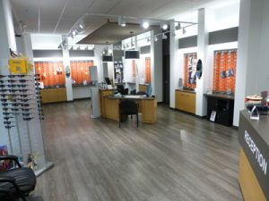 1st Street Eye Centre optometrist in Edmonton Alberta office interior