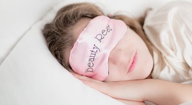 Flagstaff eye doctor treating eye open during sleep
