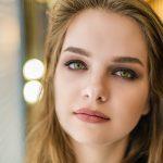 green eyes girl_1280x853 150x150