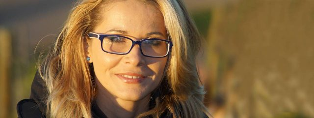 Blond Woman Glasses Satisfied 1280x480 640x240