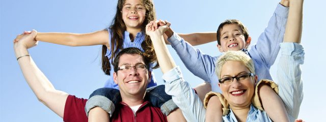 Eye doctor, happy family in Houston, Spring, Conroe, TX