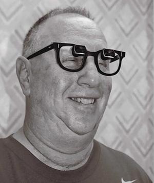 15 glasses Jay Spieler