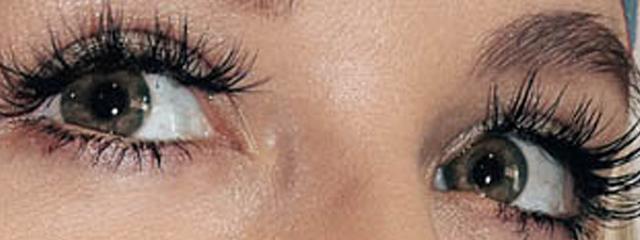 Eye doctor, woman used Lattise treatment to enhance the length eyelashes in Houston, TX