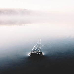 water-drop-dry-eyes-4_300px