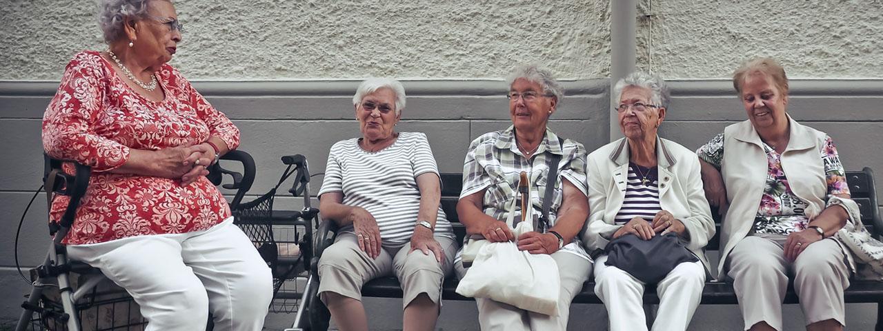Senior women with Diabetic Retinopathy