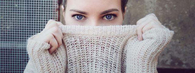 Woman Blue Eyes Sweater 1280x480 640x240