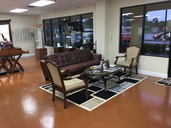 Eye Doctor, Bob Ham Eyewear Waiting Room in Jacksonville, FL