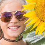 GirlSunglassesSunflower1280x480 preview[1]