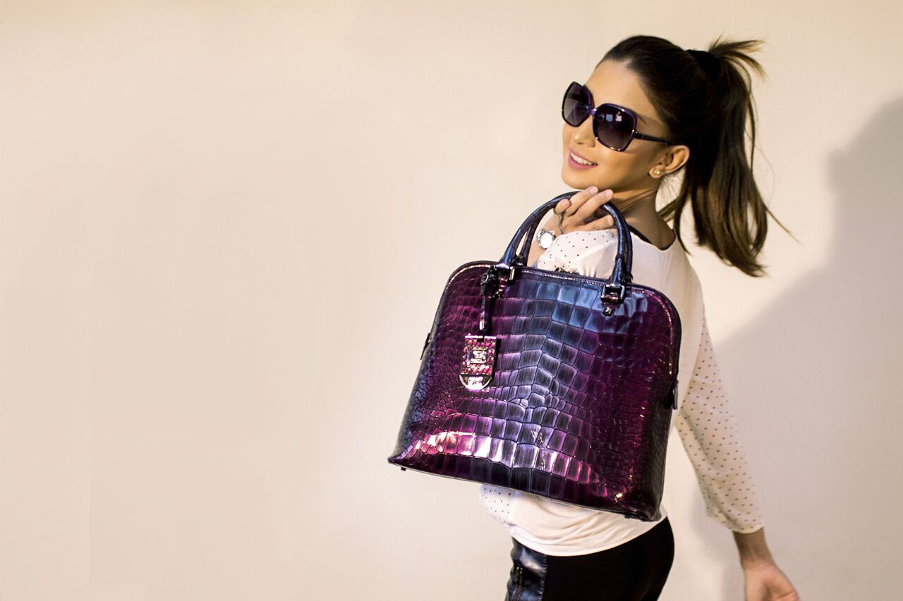 Woman20Sunglasses20Purple20Handbag201280x853_preview1.jpeg