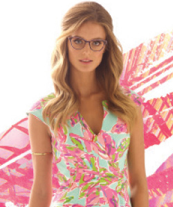 Model wearing Lilly Pulitzer sunglasses