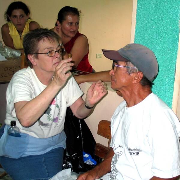 El Salvador 2004 117 1707.jpg op 600x600