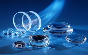 Optisches Glas