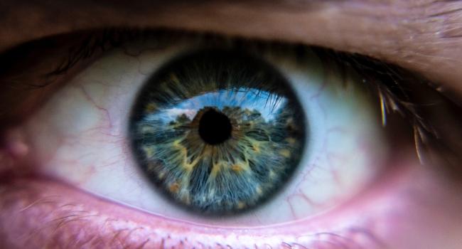 Starburst-contact-lenses-tips-BLOG