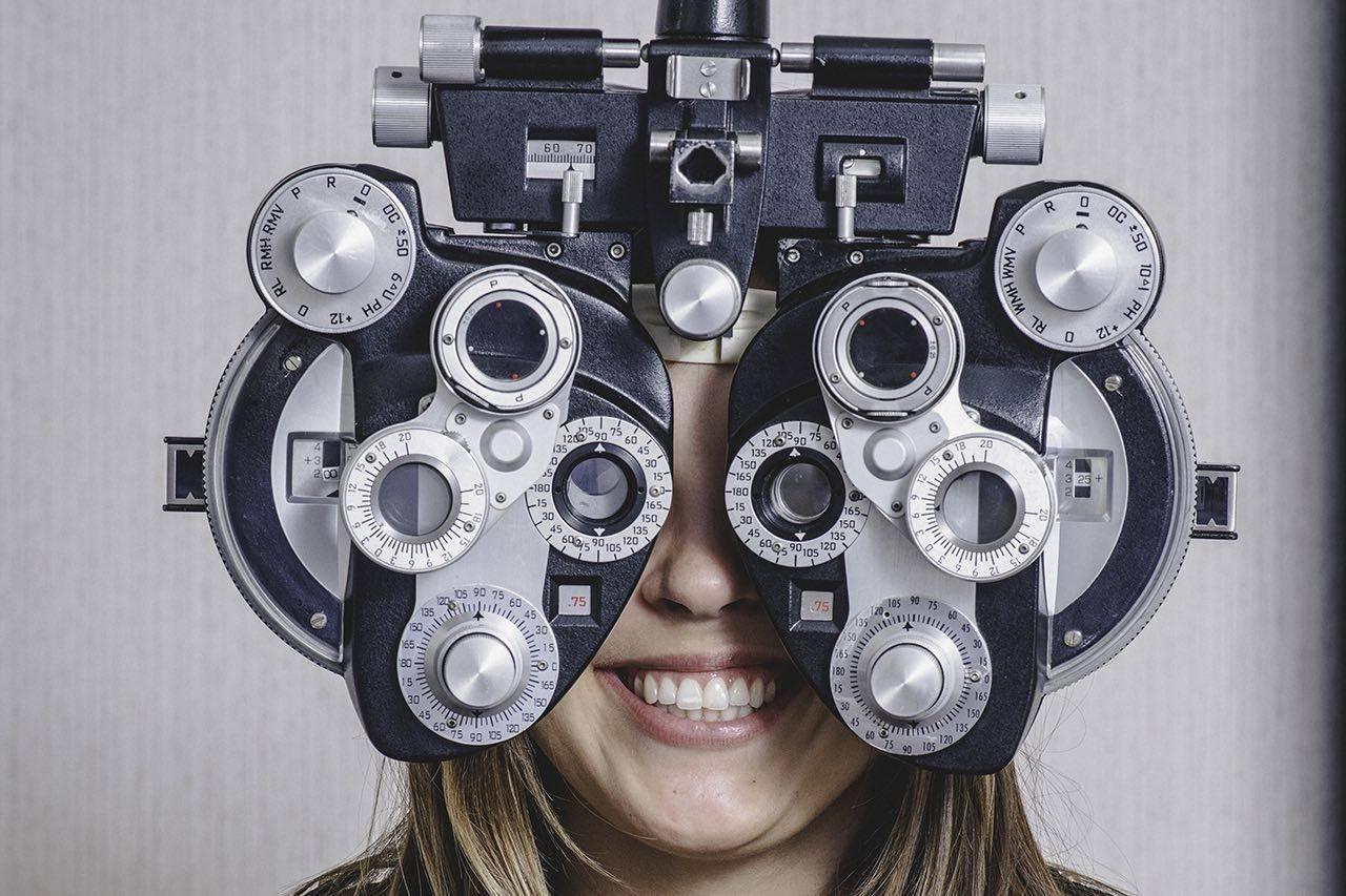 girl eye exam2 bkground sm.jpg