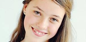 Eye doctor, girl smiling in Markham, ON