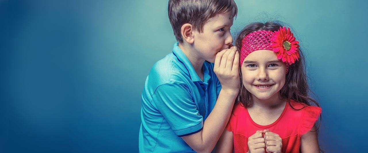 EyeOne-kids-wispering