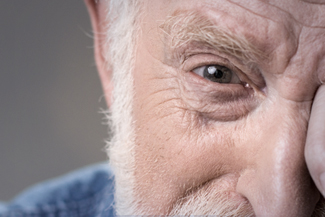 Eye care, senior with eye emergency in Edmonton, AB