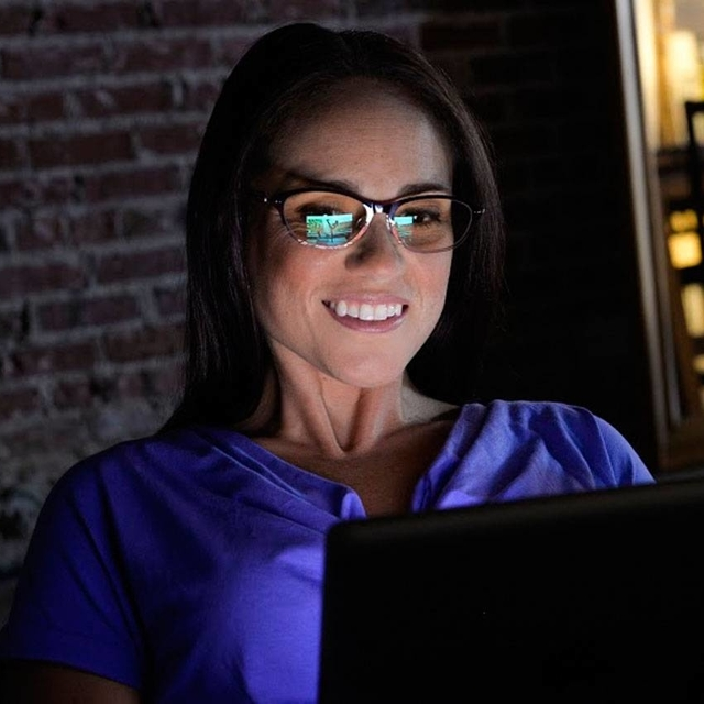 glasses american woman night c