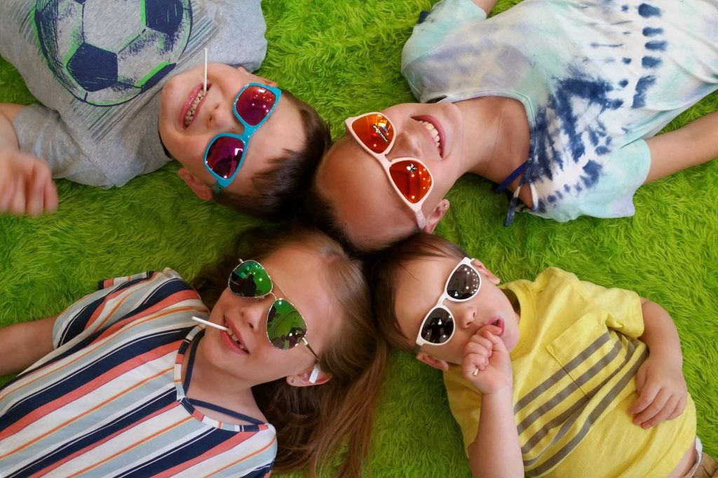 Sunglasses crop