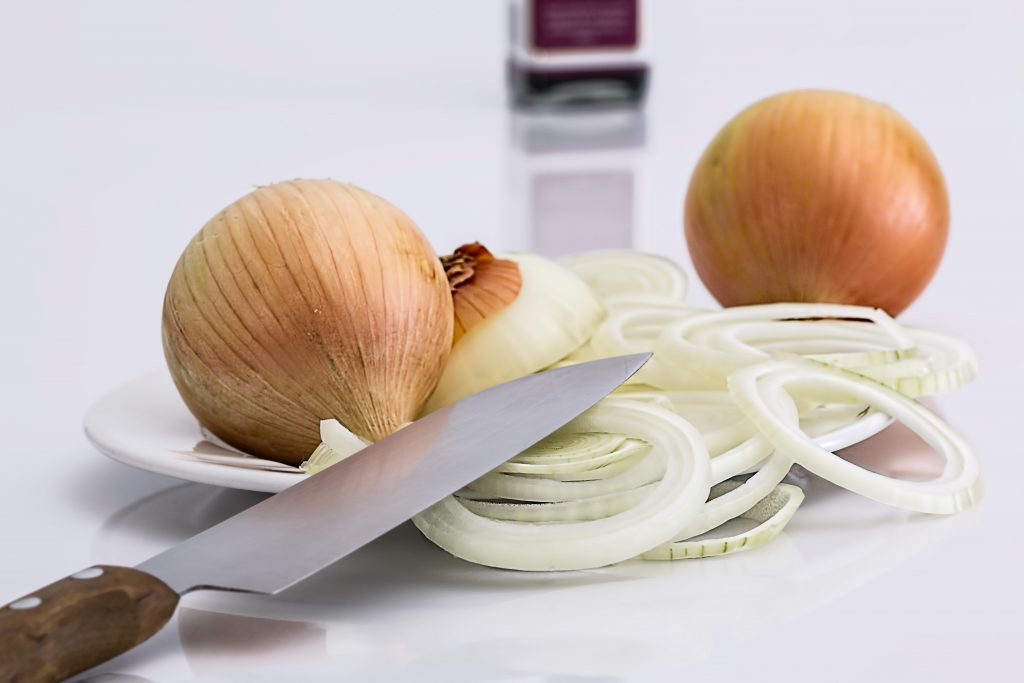 onion-slice-knife-food-37912-1024x683.jpeg
