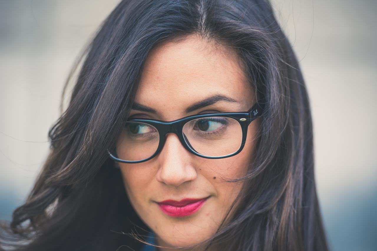 Girl Glasses Dark Hair 1280×853