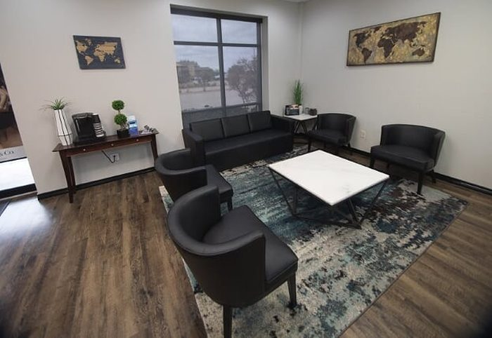 elite-eyecare-waiting-room