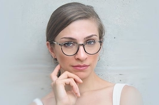 woman wearing glasses stylish