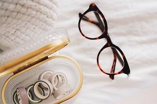 eyeglass frame materials 325
