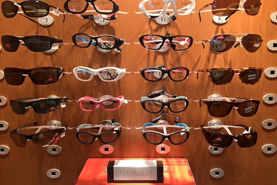 specialty sunglass display