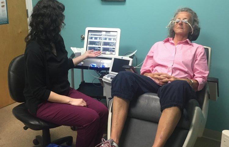 patient undergoing LipiFlow treatment