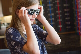 girl wearing sunglasses 325.jpg