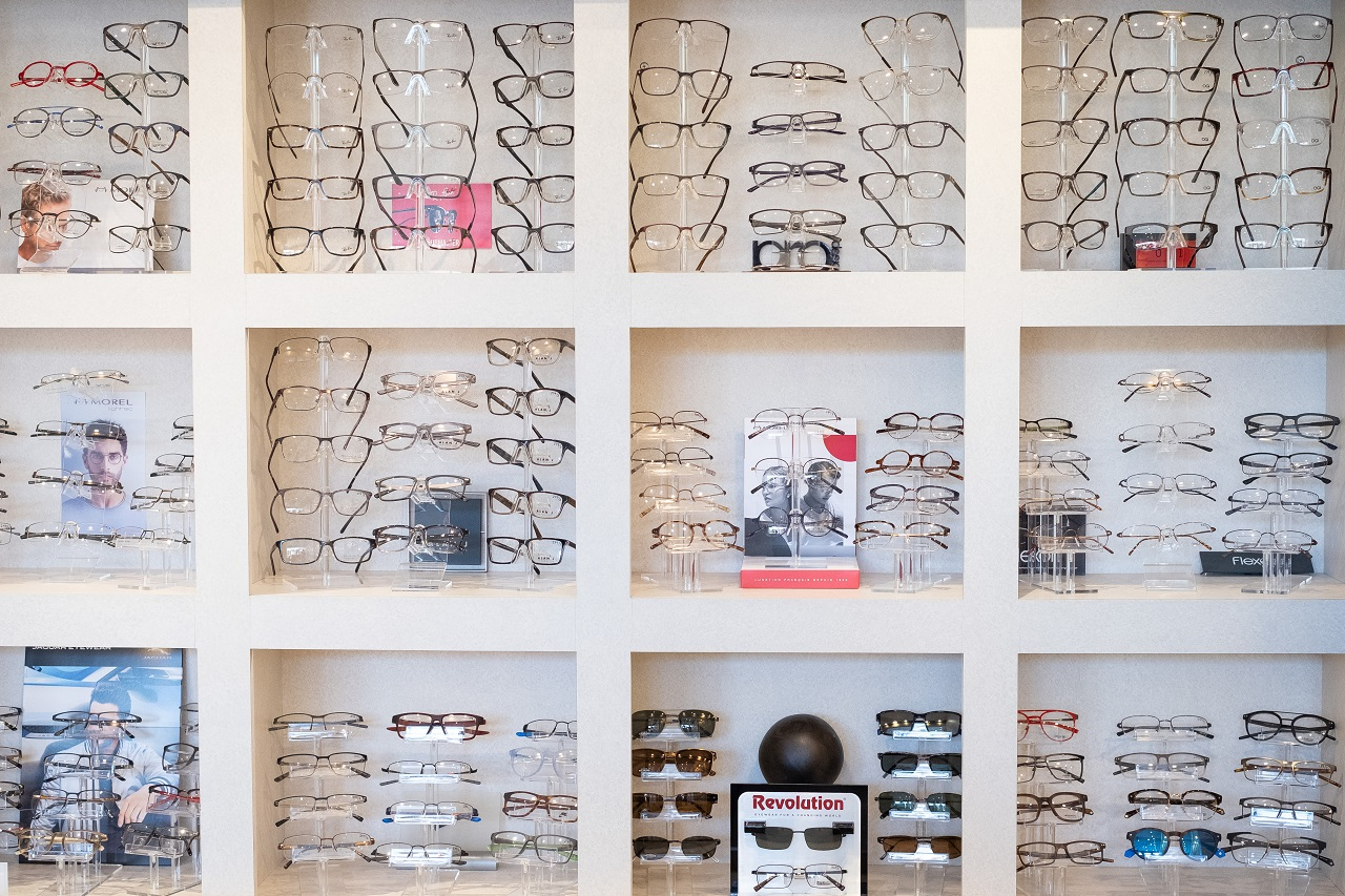 Family Eye Clinics Bloomington eyeglasses display2