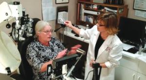 dr collins w patient wio 2015 300×165