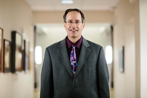 Dr-Murray-Hanson
