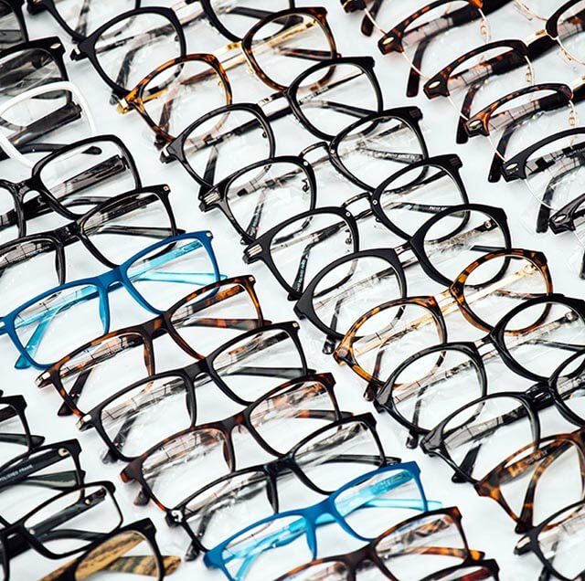glasses-display_640