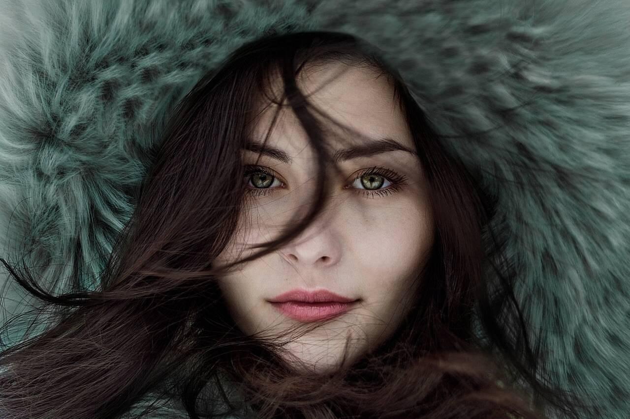 girl wintercoat 1280x853