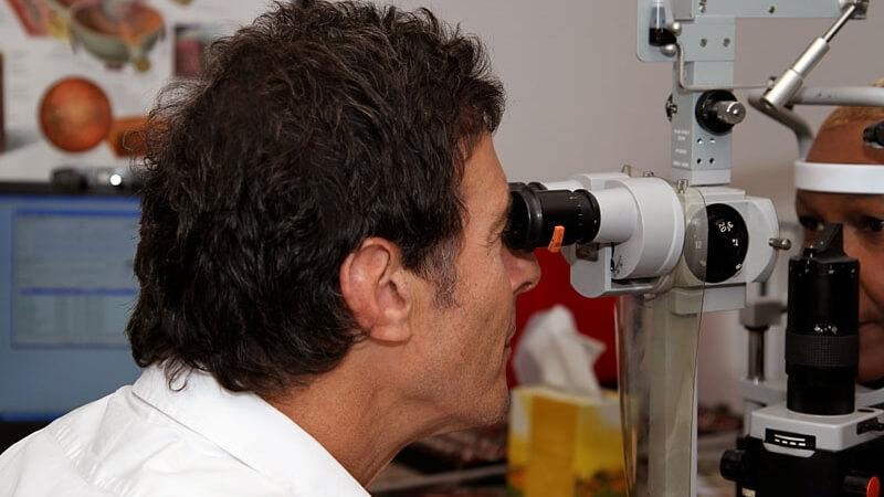 Dr Lawrence eye exam