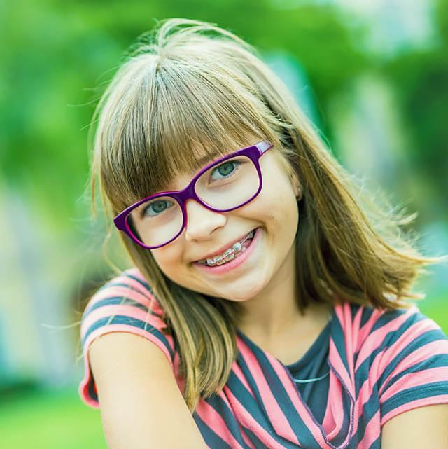 Myopia young girl 1.jpg